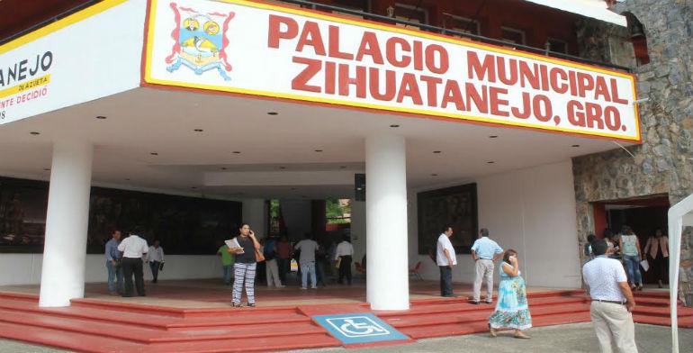 Sorpresivos despidos de empleados del ayuntamiento tras elecciones