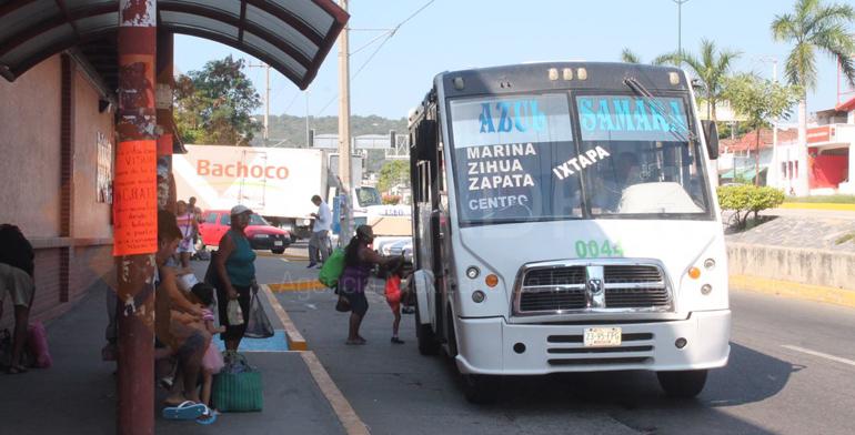 No hay condiciones para incrementar el pasaje enZihuatanejo asegura líder transportista