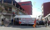 Sindicalizados del ayuntamiento bloquean avenida Juárez de Chilpancingo