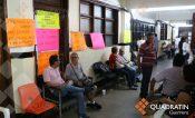 Exigen empleados destitución del delegado de la SEG en Acapulco